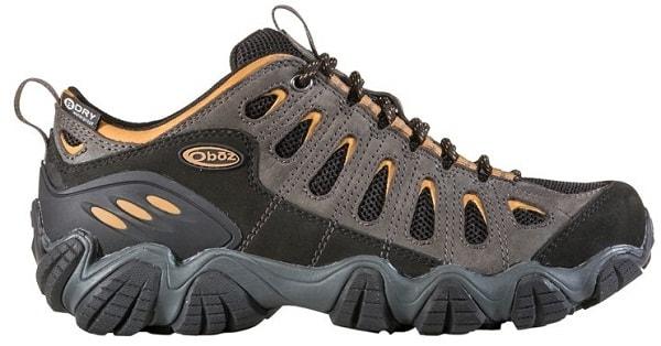 12 Sepatu Gunung Terbaik Beserta Harga dan Spesifikasinya 02a62bca70