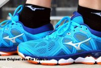 Harga Sepatu Volly Mizuno Original dan Kw Terbaru