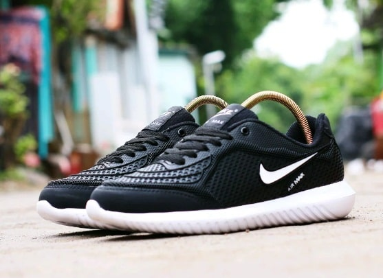 Sepatu Nike Terbaru dan Harganya 3