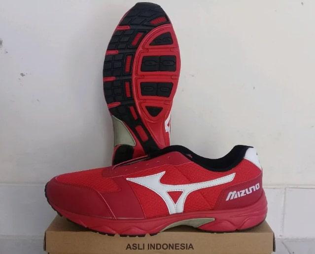 Sepatu Volly Mizuno dan Harganya Original dan KW 9