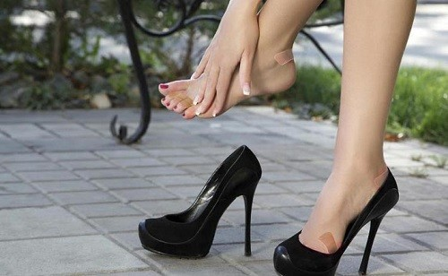 ukuran sepatu terlalu pas